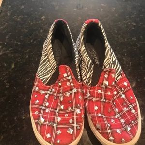 Justice red plaid and zebra slipon sneakers sz 13